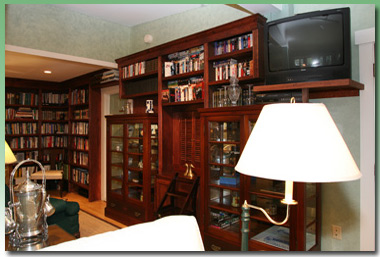 Library at the Inns at Greenleaf Lane in Boothbay Harbor, Maine